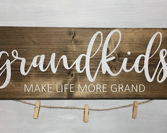 "Grandkids 18"" photo holder wood sign with jute twine and mini clothespins."