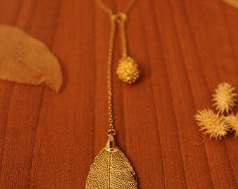 Water Drop shaped Earring made with Cerrado leaf