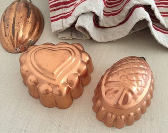 3 Vintage Miniature Copper Jelly Moulds - Kitchenalia - country kitchen - bohemian home decor - cake mold chocolate #091