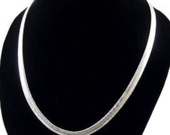 Stunning 925 silver snake chain