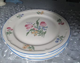 Vintage Gibson China Floral 10.50\  Diameter 4 Set Ceramic Plates Gibson Dinnerware Gibson & Pfaltzgraff Dinnerware Dish Set 6 Piece Salad and Desert