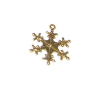 24 x 28mm Gold Snowflake Metal Pendant - 3 pendants