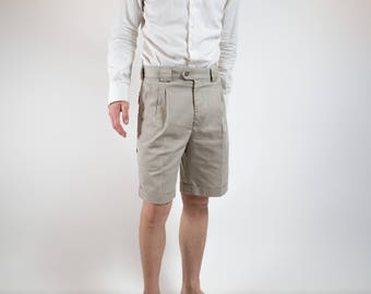 Vintage Safari Shorts / 80's Tiley Endurables Durable Outdoor Hiking Shorts / Beige Cargo Shorts  / Mens 32-34 Wasit Size / Made in Canada