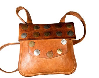 Chokara Leather Messenger bag
