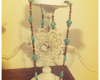 Turtle Beaded necklace and earring set