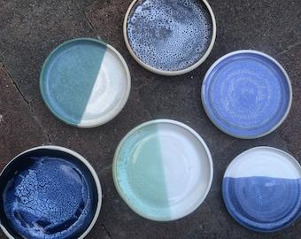 Stoneware ceramic plates