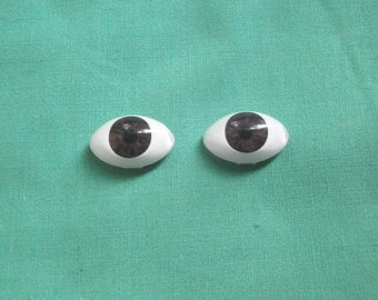 acrylic doll eyes brown, lansshape/ paperweight/Vintage/expressive