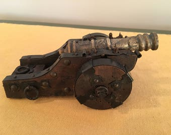 Spanish Design Toy Cannon
