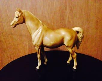 """Breyer plastic horse, palomino horse, #5 Arabian Mare Palomino, """"Hope"""" 1979"""