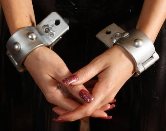 Terginum BDSM Dungeon bondage metal restraints wrist cuffs leg irons steel cuffs made to measure