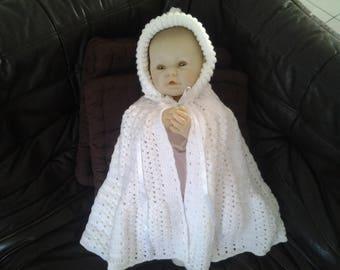 Crocheted cape baby bathrobe