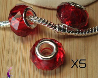 5 pendant beads red faceted glass European A139 pandora style bracelet or necklace