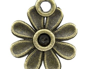 Set of 35 charms flower pendant in bronze