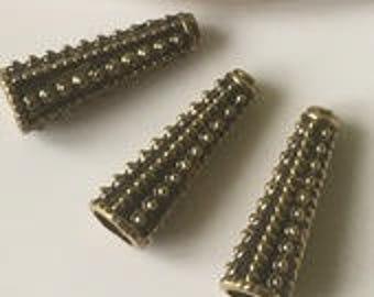2 aged 3 cm gold metal cone bead caps