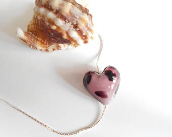 dots pink and black glass heart bead