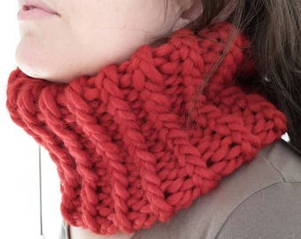 Snood collar knit red wool and alpaca