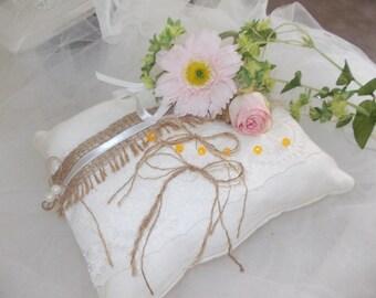unique chic nature ring bearer pillow