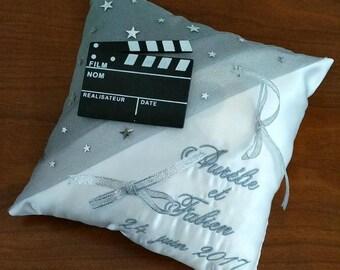 ring pillow - white Moneyand movie theme wedding