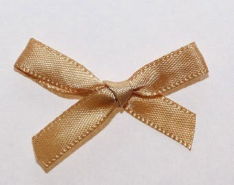 25 x 7mm Satin ribbon bow: Gold - 02341