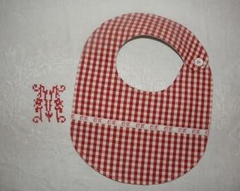 "Red and ecru cotton ""O.E"" ref.1441 baby bib"