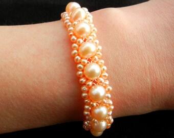 Fresh water cultured pearl bracelet 6.5 - 7 mm AA + pink