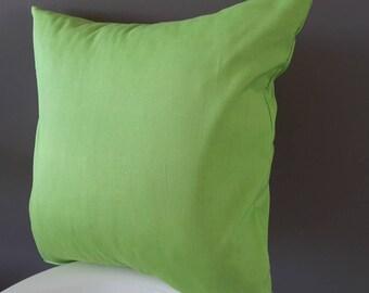 Spring green pillow cover. 100% cotton