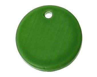 Flat Green 1.1 cm in diameter and 6 circular shell beads