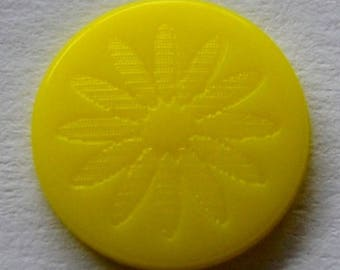 "10 snap KAM engraved yellow ""flower"""