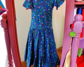 Long Bohemian style fabric flowers dress, size 8