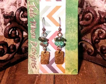 "Boho geometric hammered ""starburst"" brass earrings with turquoise and green agate gemstone chips."