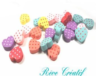 10 Perles en Bois motif Coeur à Pois 16mm x 18mm Multicolores
