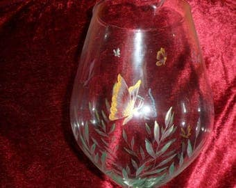 carafe decanter with etching on glass butterflies design footed