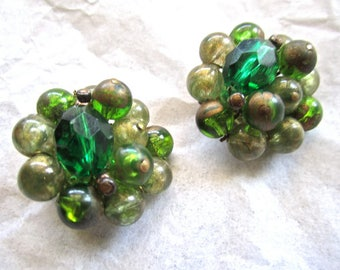 50-60s Green Goldtone Beads Earrings Clip On Made In West Germany