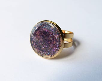 Ring gold brass and clear acrylic cabochon with purple glitter