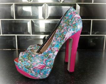 New Beautiful Flamingo custom decoupage shoes heels size 4
