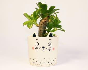 Handmade by Hesukinae Studio, Cat Planter, Cat Pot, Handmade Planter