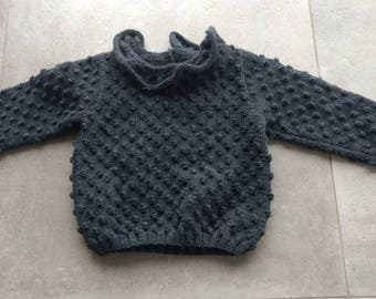Stitch sweater costume with balls