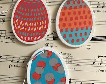 Wooden decorative eggs