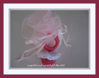 door dragees (purses) pouches pink tulle and pink pacifier for baptism made handmade infant baby