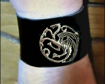 Game of Thrones Cuff, House Targaryen, SILVER pendant, Black Leather Cuff, 3 Headed Dragon