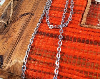 2 silver gray mesh oval 46 cm clasp necklaces