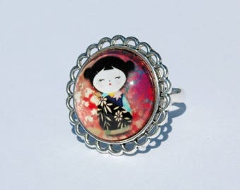 Ring cabochon - picture Kokeshi