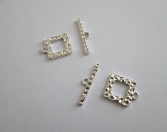 2 fermoir en T toggle carré martelé en métal argenté 19 mm