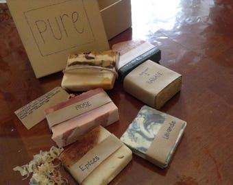 Beautiful handmade soap, magnifique savon fait à la main avec amour
