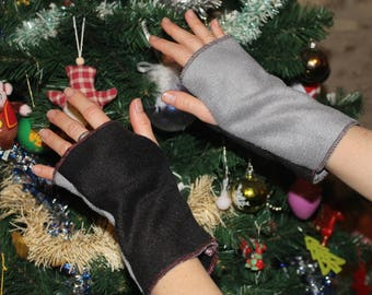 ON order-two-sided soft fleece mittens
