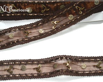 Embroidered with bronze sequins and beads 40 mm, Brown braid