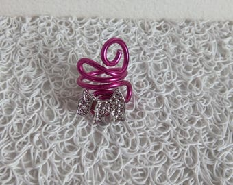 fuschia aluminum ring