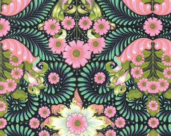 Tula Pink - Slow and Steady - The Tortoise - PWTP085-STRAW