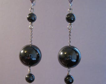Dangle earrings with hematite and fine silver plated chain