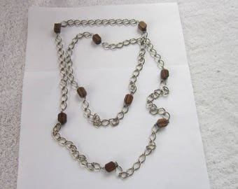 Retro Large Chain & Exotic Wood Modern Necklace